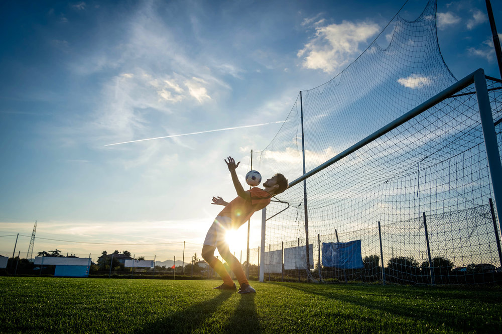 COACHING THE COACH - In een periode van drie maanden bieden we alle voetbal trainers de mogelijkheid om zichzelf te ontwikkelen volgens de SPA methodiek.