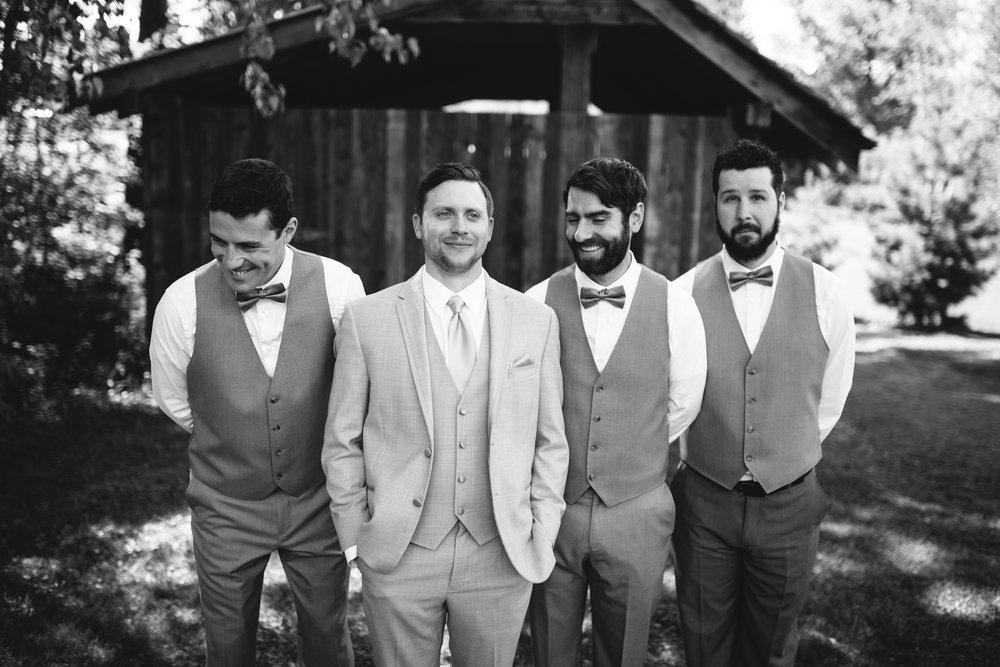 A&R-wedding-party-27.jpg
