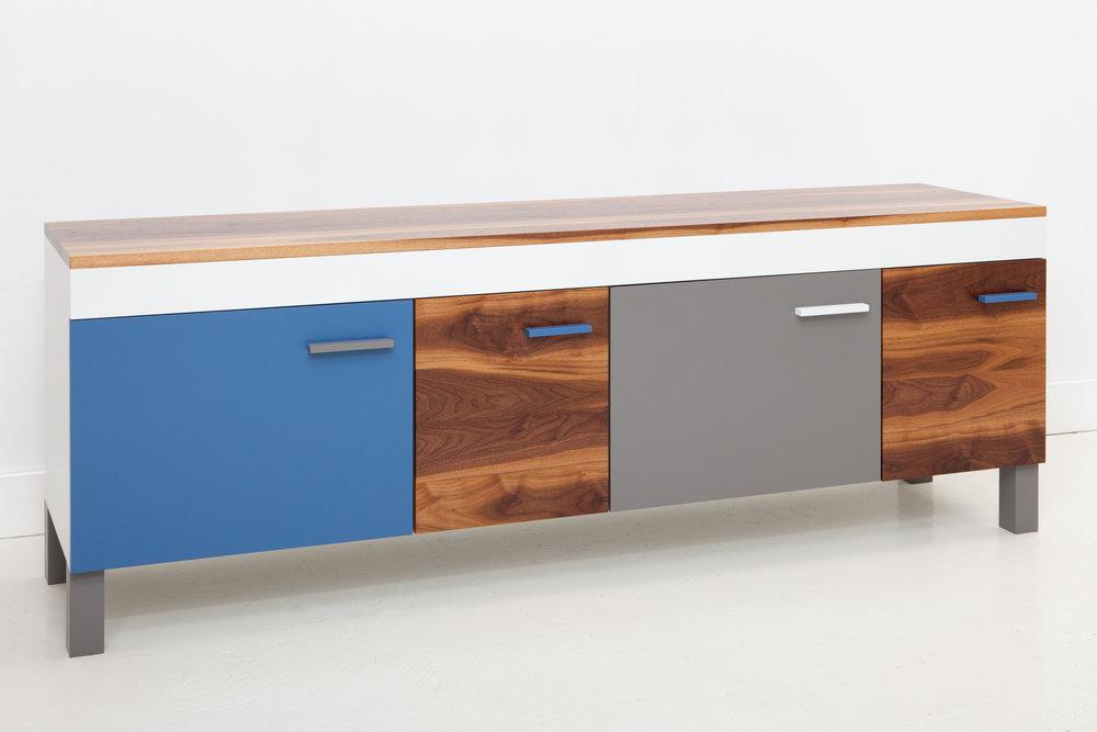 cache-cabinet-06-zoemowat.jpg