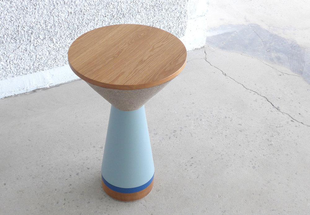 PEDESTAL TABLE-02-zoemowat.jpg
