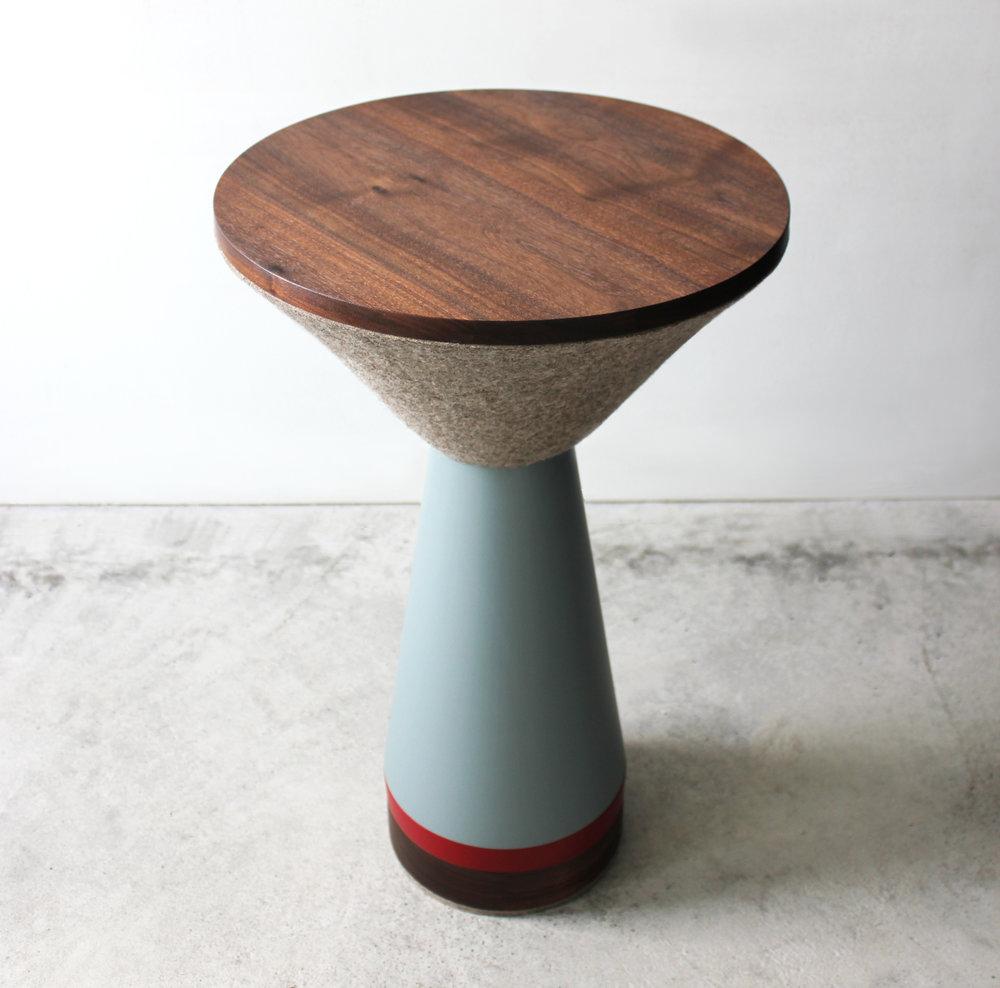 PEDESTAL TABLE-03-zoemowat.jpg