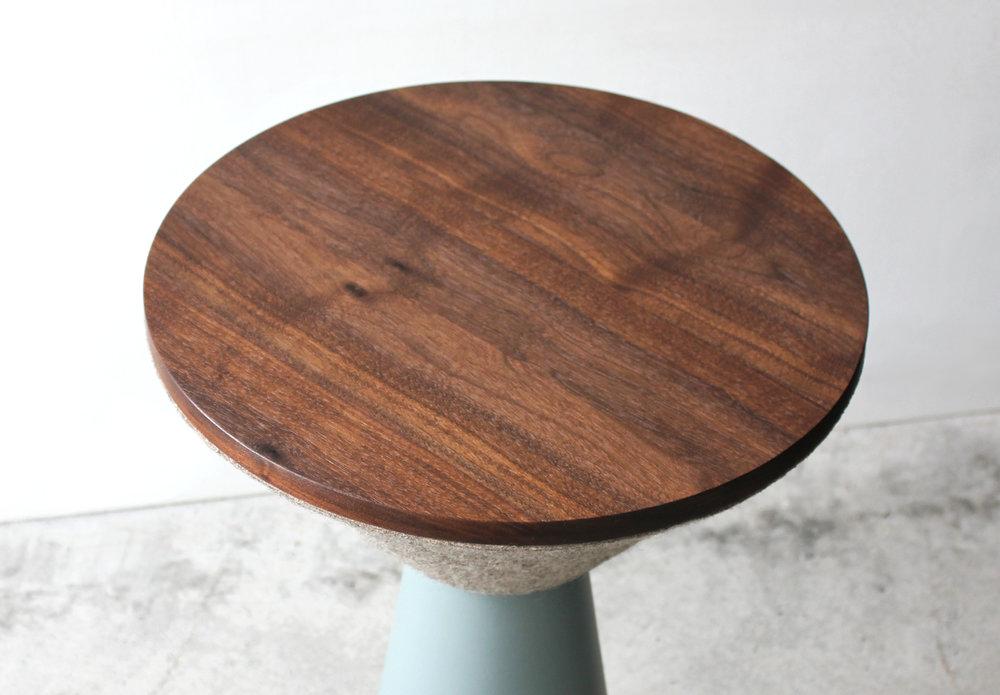 PEDESTAL TABLE-06-zoemowat.jpg