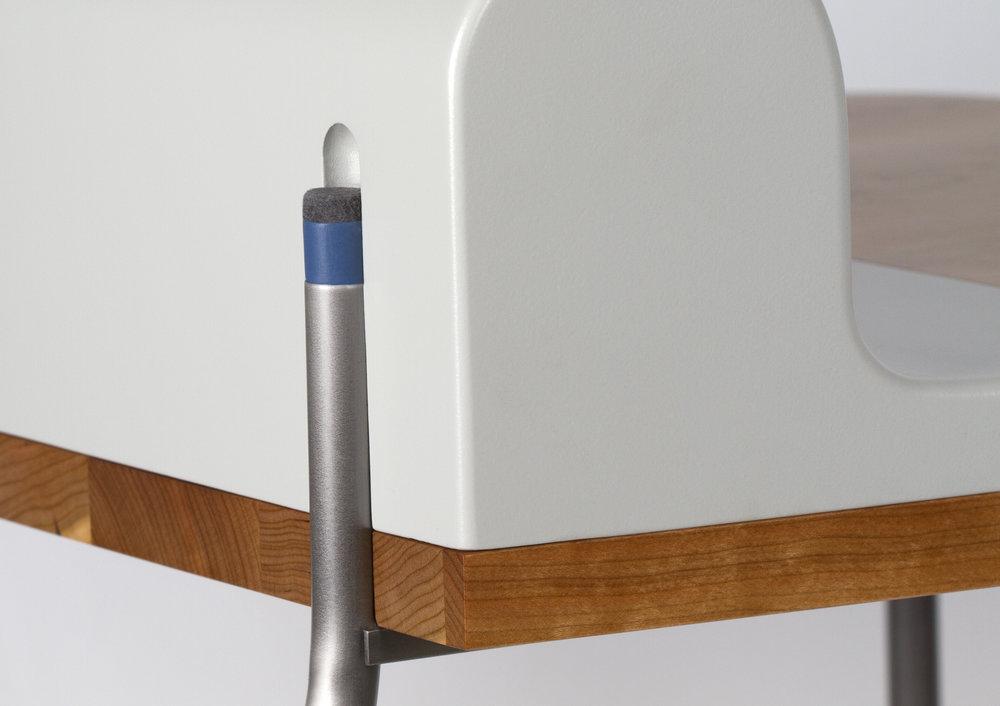 circumflex-chair-04-zoemowat.jpg