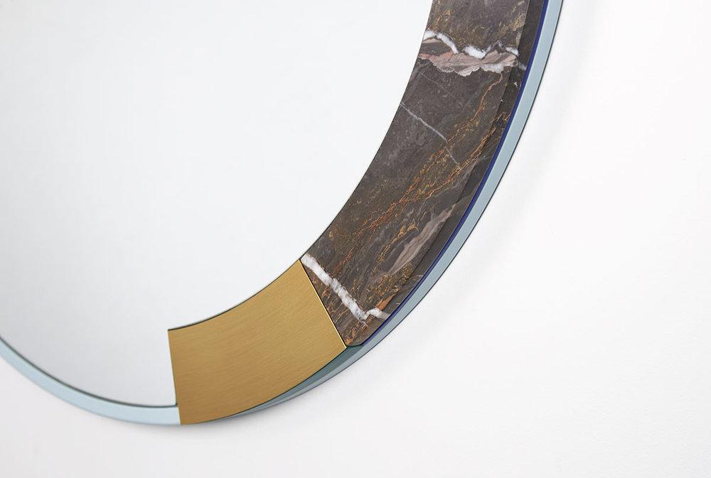 ora-mirror-03-zoemowat.jpg