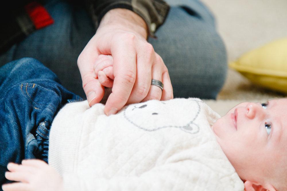 ohio-home-newborn-photoshoot-1.jpg