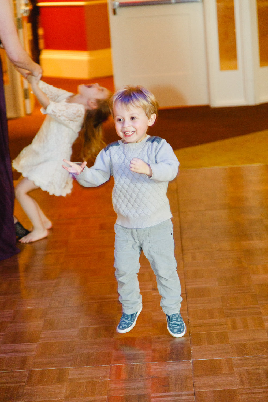 brady-first-dance-dancing-kids-ohio-lighting-ocf-columbus-wedding-couple-bridal-creekside-conference-indoor-roxanna-sue-photos-ohio-photography-1.jpg