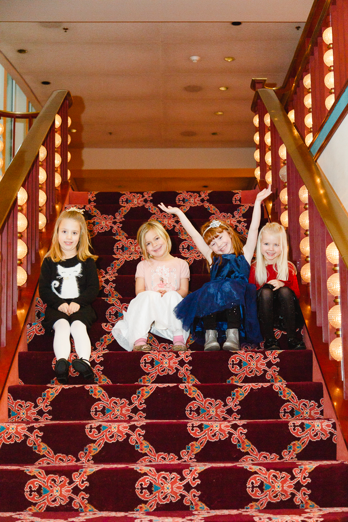 holiday-girlscouts-troop-photography-christmas-roxanna-sue-photos-columbus-photographer-ohio-1.jpg