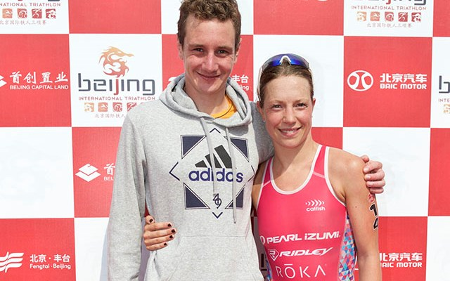 220 Triathlon: Ali Brownlee and Holly Lawrence win in Beijing