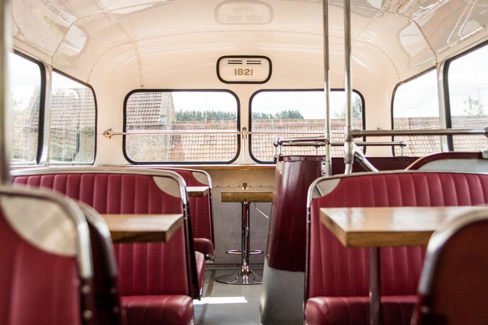 Restaurant bus