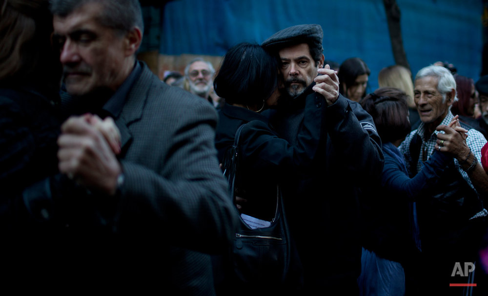 Argentina Tango Protest