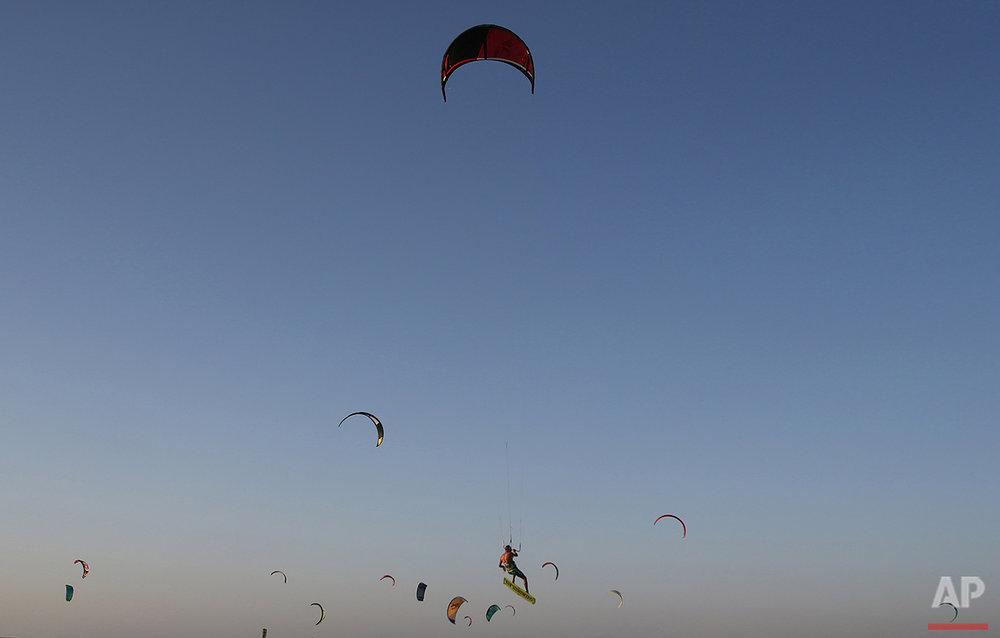 Dubai Kites