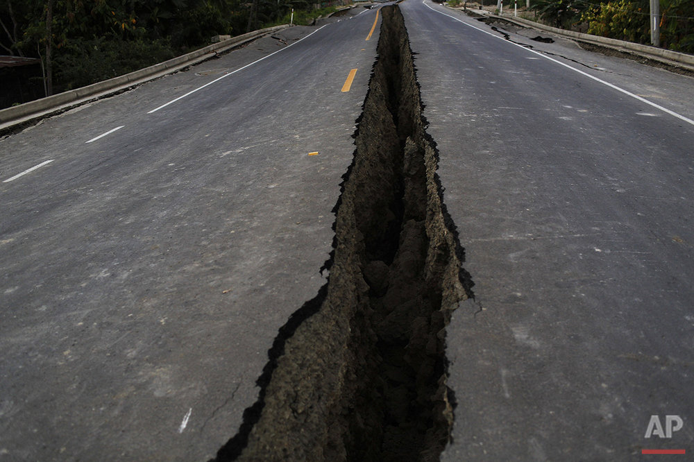Ecuador Earthquake Photo Gallery