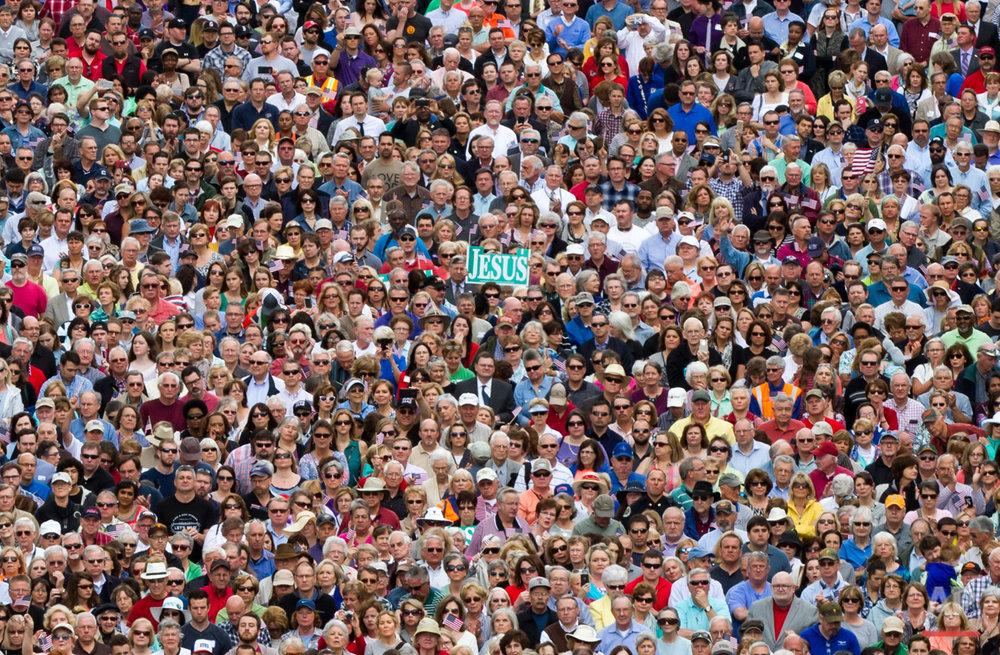 APTOPIX Prayer Rally
