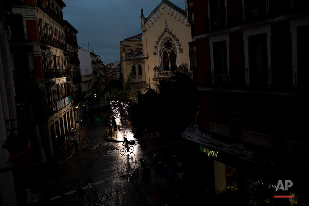APTOPIX Spain Daily Life