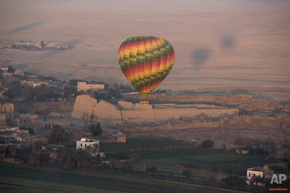 Travel Egypt Luxor Ballooning
