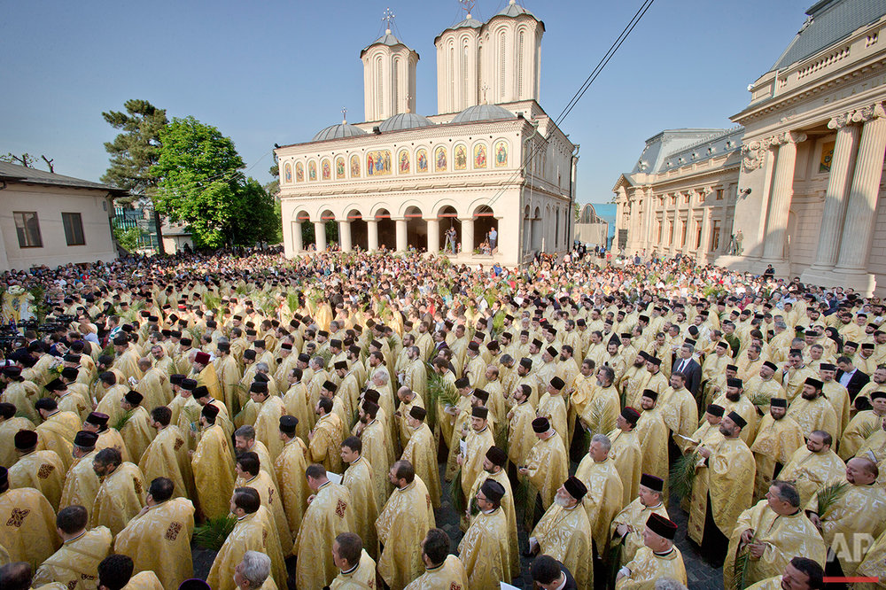APTOPIX Romania Orthodox Palm Sunday Photo Gallery