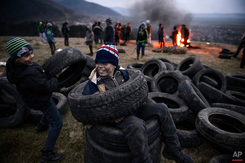 Romania  Burning Tires Photo Gallery