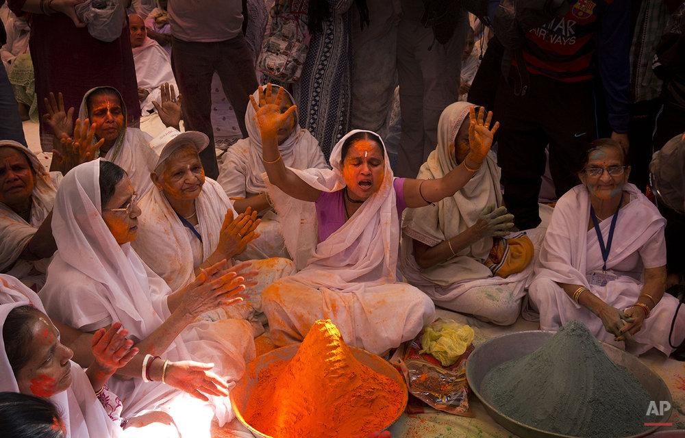 India Widows Holi