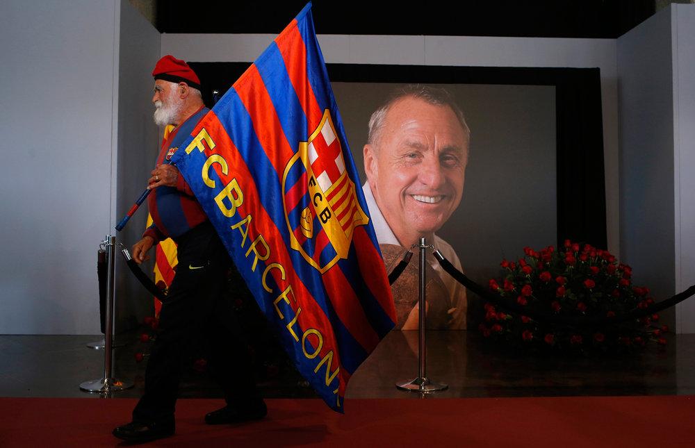 Spain Soccer Cruyff Obit