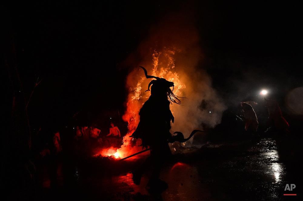 Spain Momotxorro Carnival