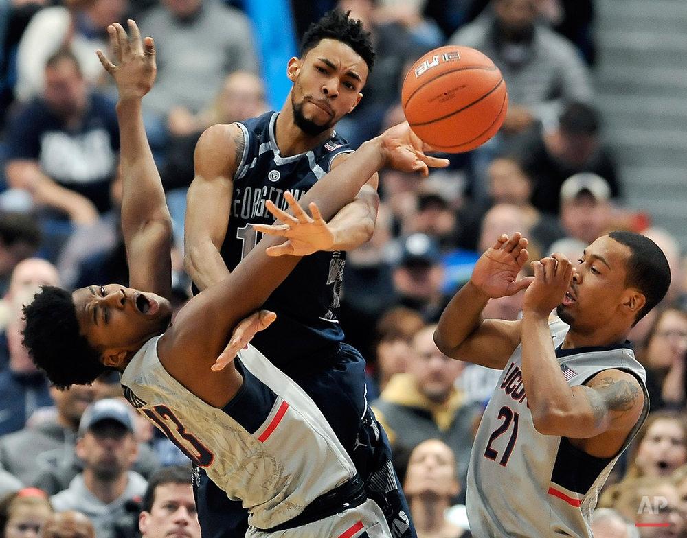 APTOPIX Georgetown UConn Basketball