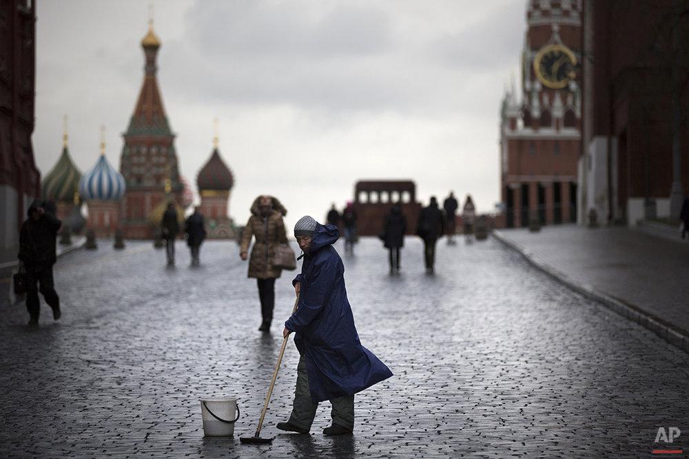 APTOPIX Russia Mild Moscow