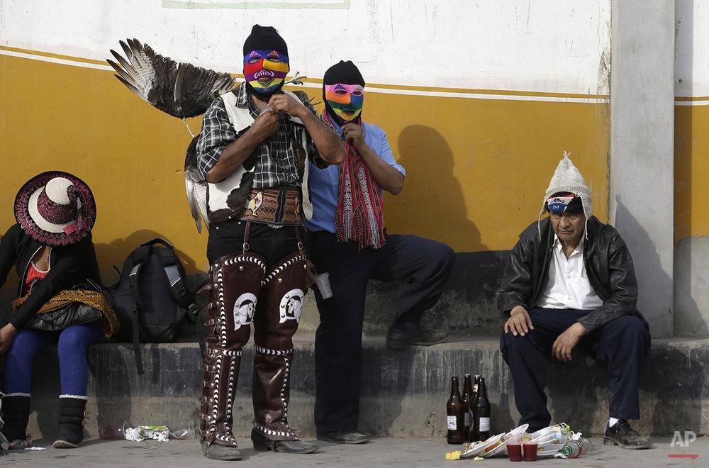 APTOPIX Peru Ritual Fighting Photo Gallery