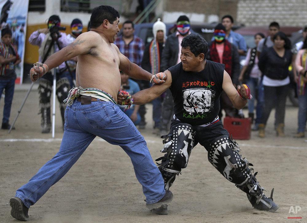 Peru Ritual Fighting Photo Gallery