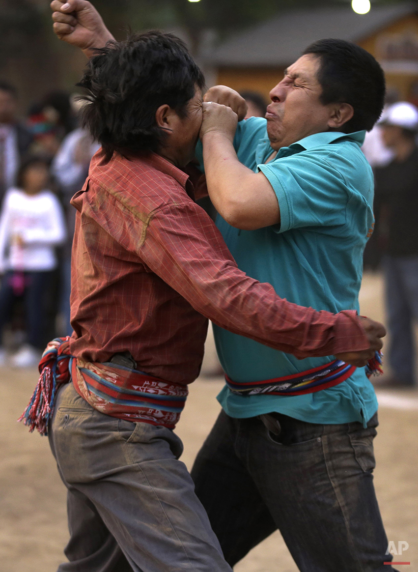 Peru Ritual Fighting Photo Gallery