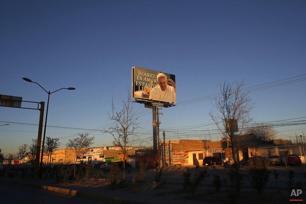 APTOPIX Mexico Pope Prison