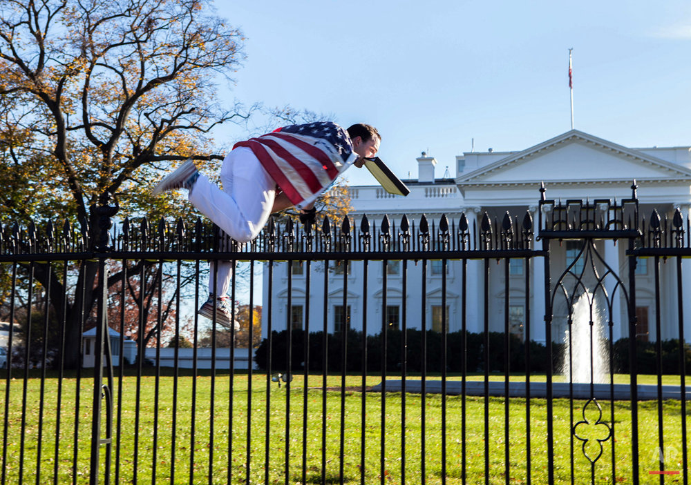 APTOPIX White House Fence Jumper