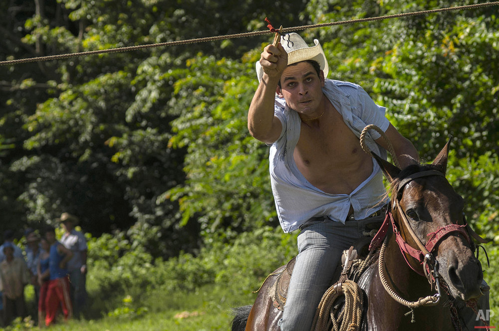 Cuba Countryside Games Photo Gallery