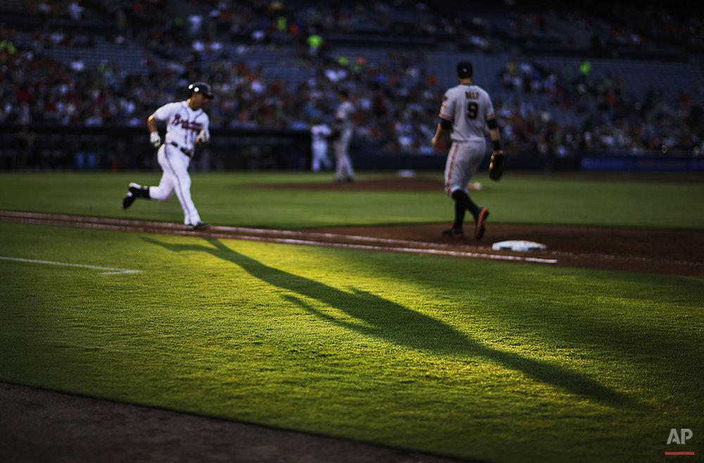APTOPIX Giants Braves Baseball