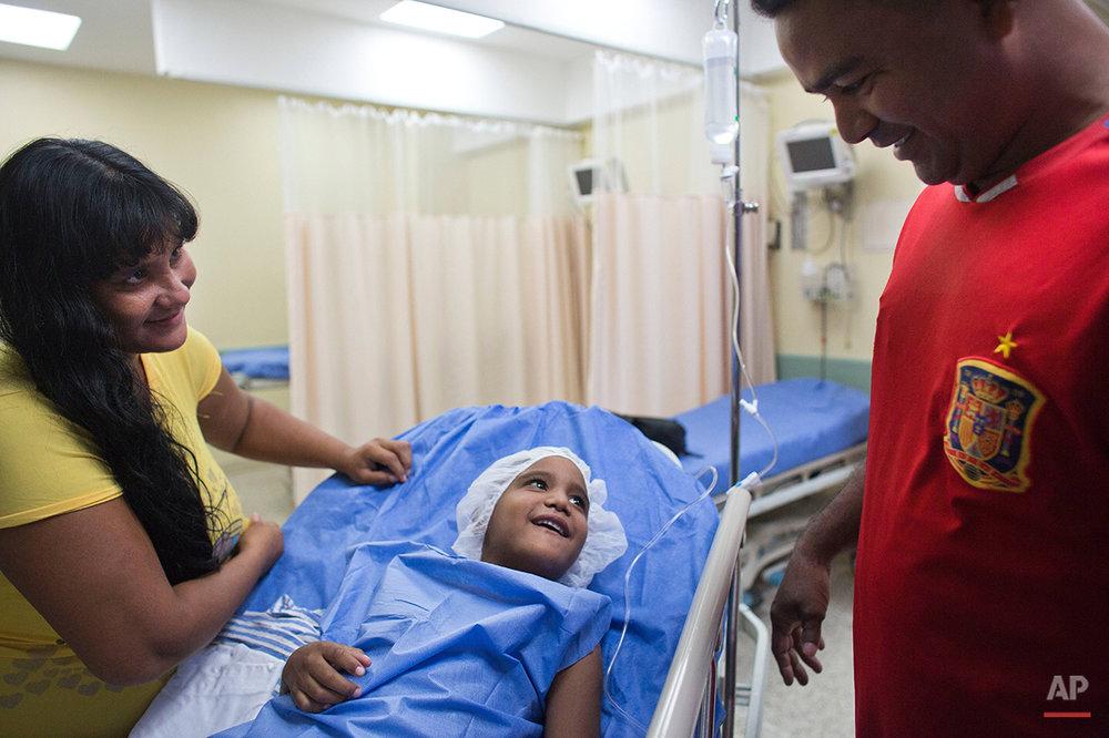 APTOPIX Venezuela Medical Miracles
