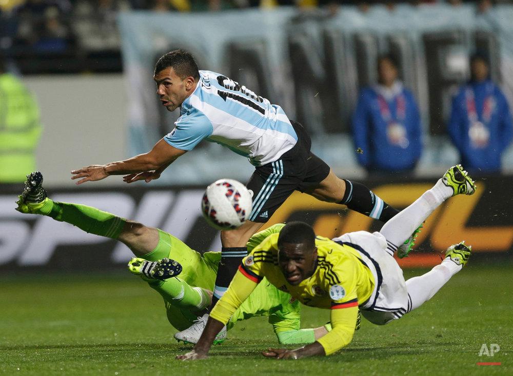 APTOPIX Chile Soccer Copa America Argentina Colombia