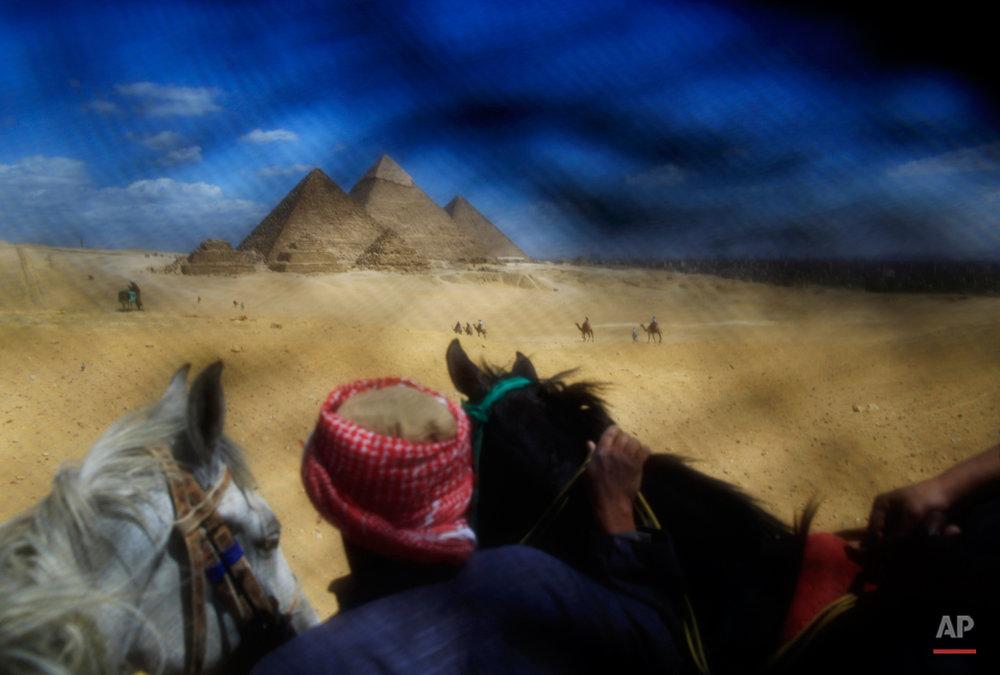APTOPIX Mideast Behind the Niqab Photo Essay