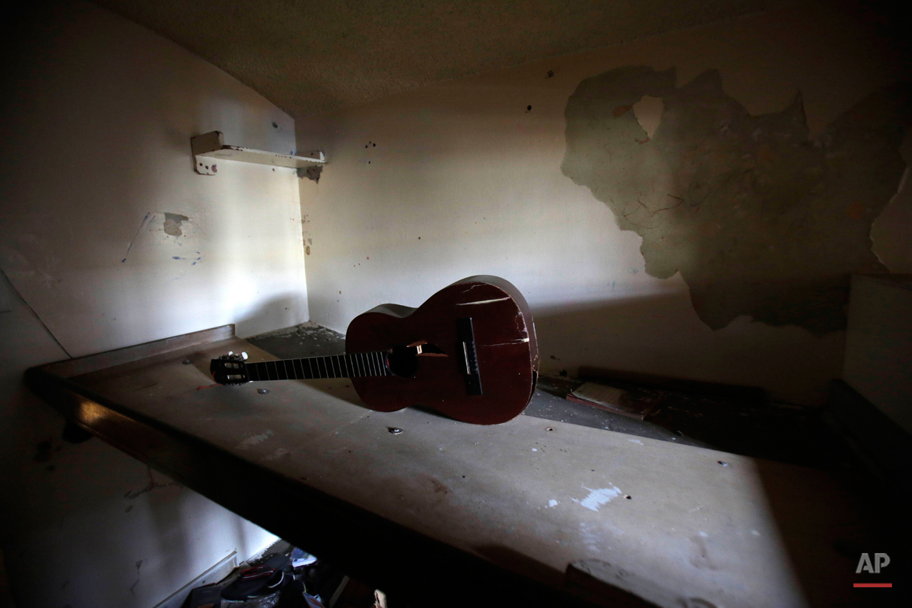 abandoned prison in bears signs of past ap images spotlight abandoned prison photo essay