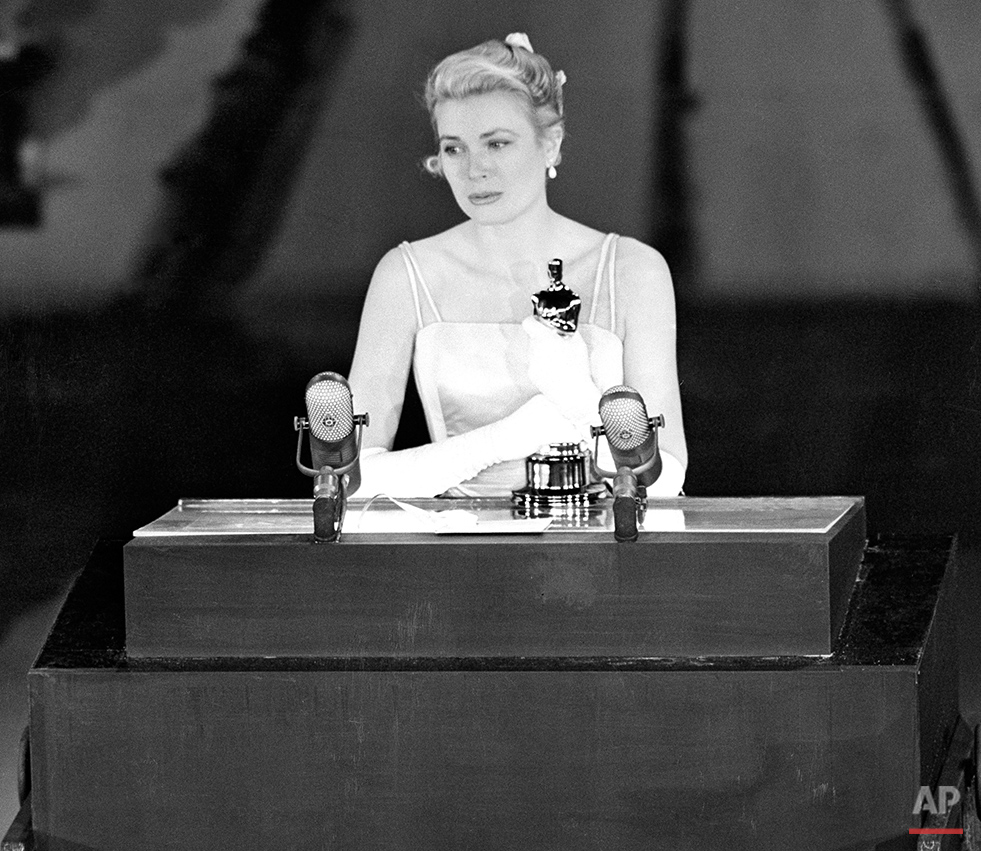 OSCARS GRACE KELLY 1955