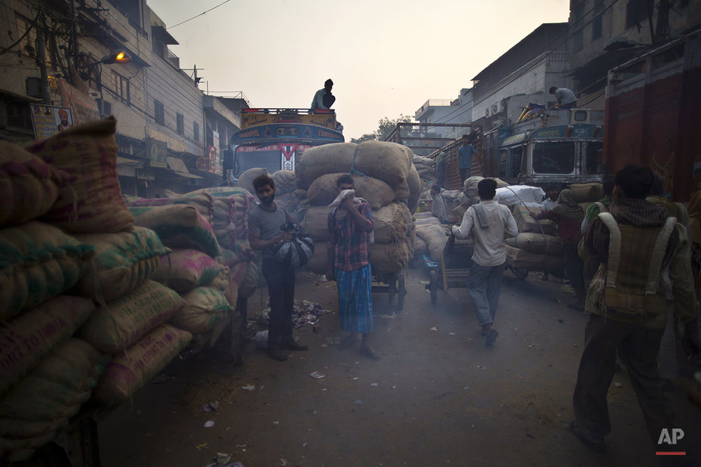 India Cart Pullers Photo Essay