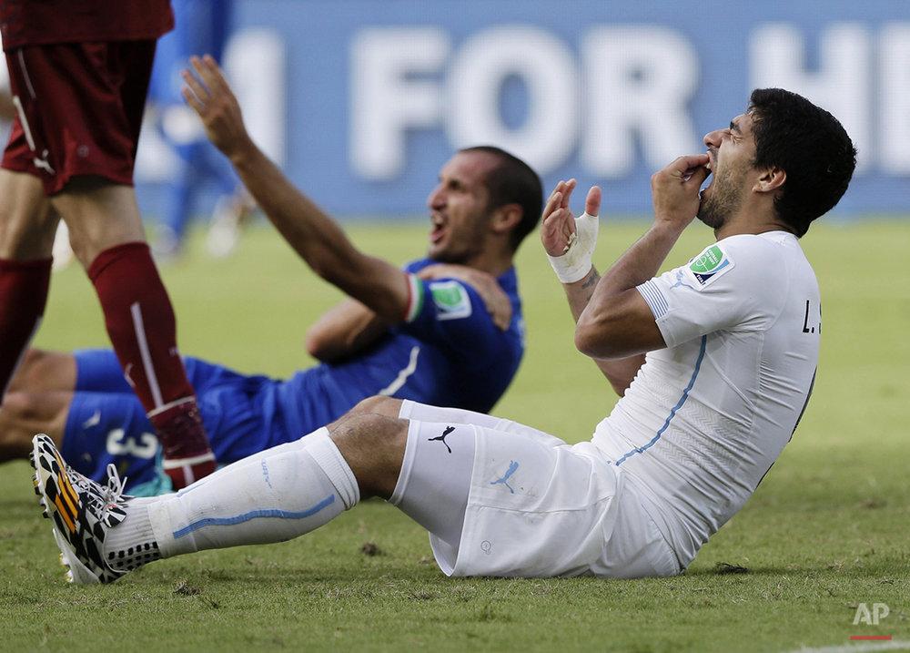 YE World Cup Italy Uruguay