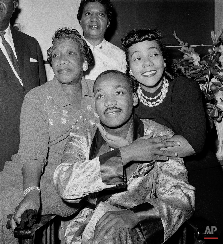 MLK RECOVERING 1958
