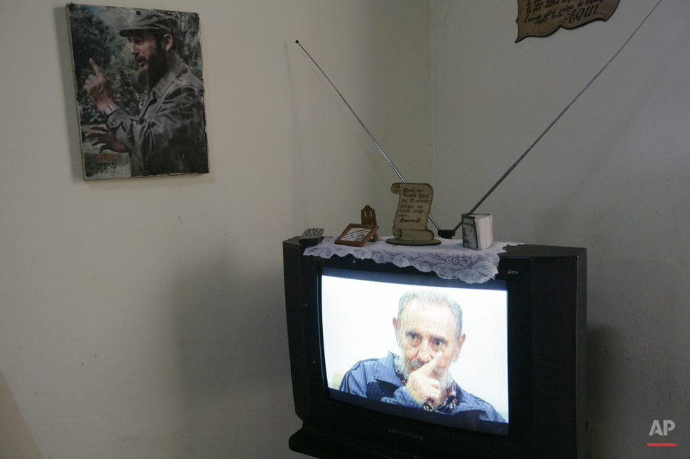 "Cuba's leader Fidel Castro appears on TV during an interview with Cubavision, on its talk show ""Mesa Redonda"" or ""Round Table"", in Havana, Monday, July 12, 2010. Castro returned to the limelight Monday after years spent largely out of public view, discussing world events in a raspy voice in his most prominent television interview since falling seriously ill four years ago. (AP Photo/Franklin Reyes)"