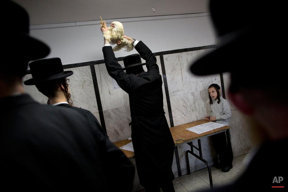 APTOPIX Mideast Israel Kaparot