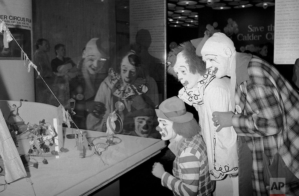 Alexander Calder Clowns 1982