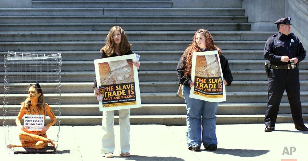 PETA Protests Circus 2002