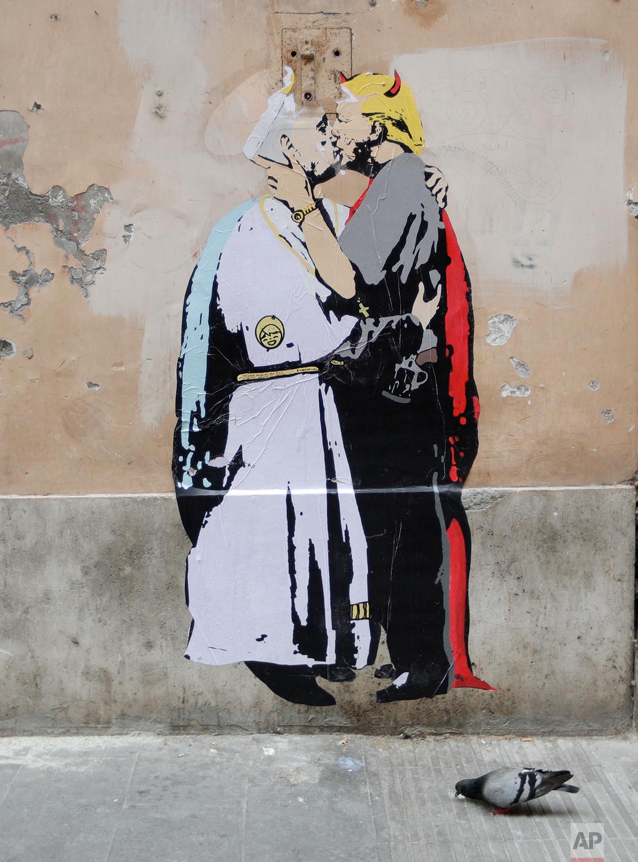 Vatican Trump Kiss