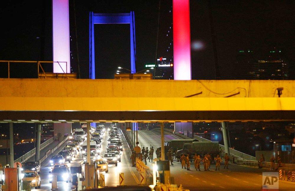 Soldiers block Istanbul's iconic Bosporus Bridge. (AP Photo/Emrah Gurel)