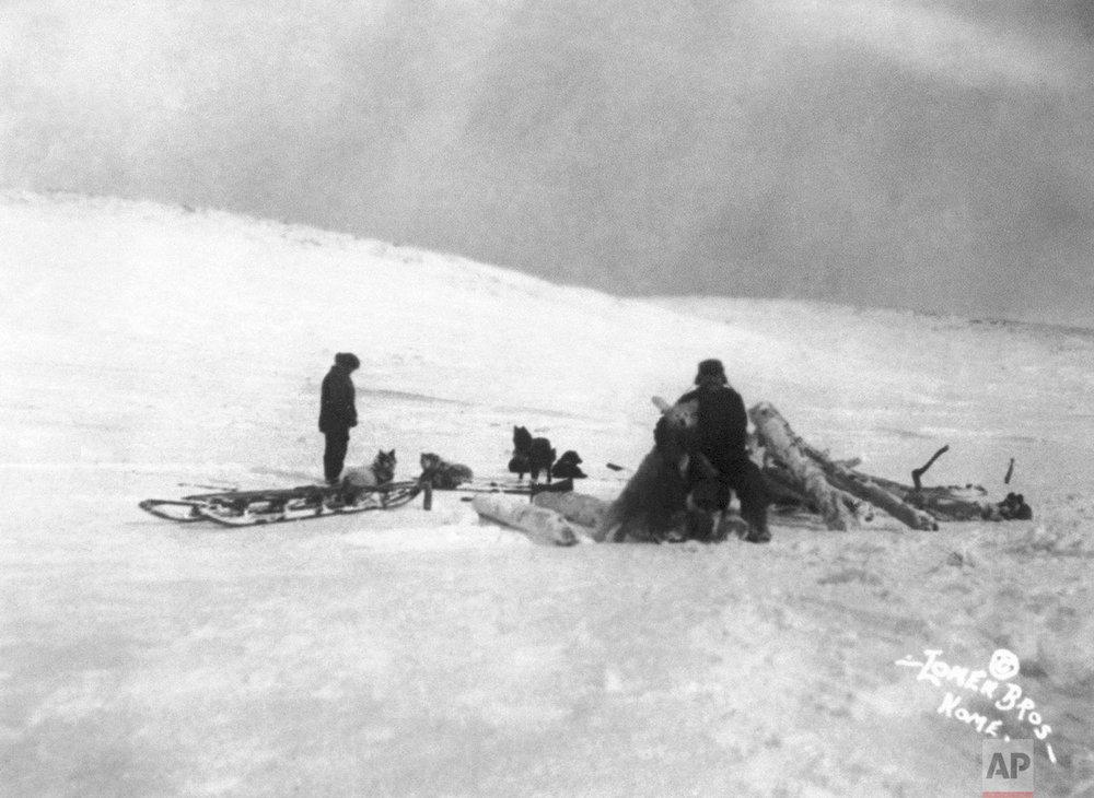 Norwegian explorer Roald Amundsen's departure for the North Pole May 1926. (AP Photo)