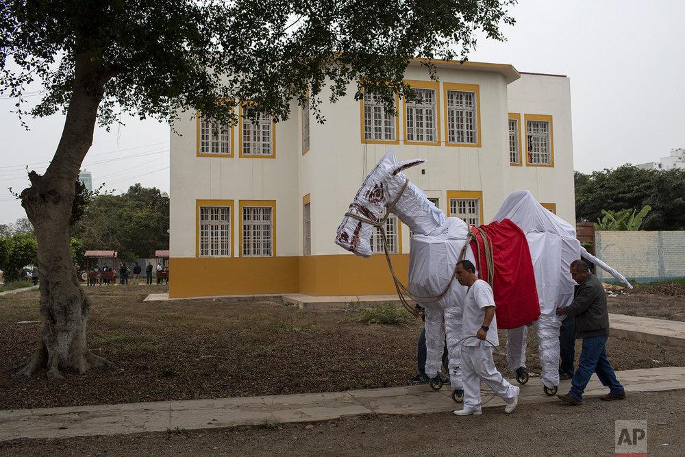 Peru Parade