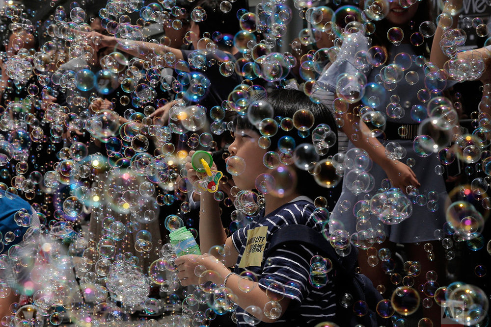 Hong Kong Art Bubbles